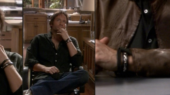 Hank continues his wristwatch-eschewing streak.