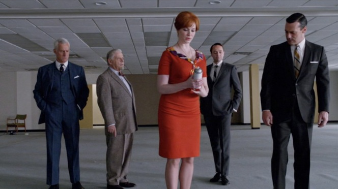 I know we're supposed to be talking about the men's suits, but it never hurts to look at Christina Hendricks either.