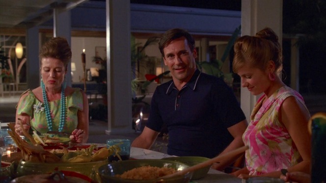 Don joins Greta, Joy, and the rest of the jet set for a Mexican dinner.