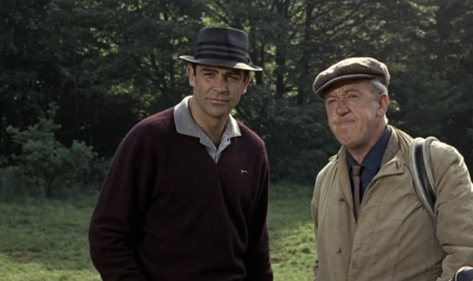 Some people watching the film thought the caddy's Arnold Palmer line was an in-joke and that he was actually played by Arnold Palmer. These people obviously have no idea what Arnold Palmer looked like, especially in the 1960s.