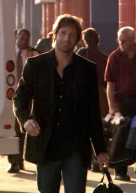 "David Duchovny as Hank Moody at LAX in ""Filthy Lucre"", the ninth episode of Californication."