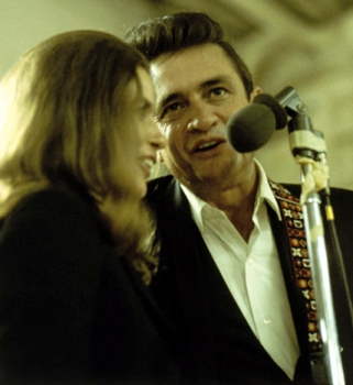 "June and Johnny during their first duet of ""Jackson""."