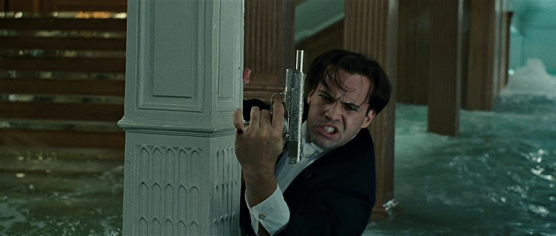 billy zane titanic gun -#main