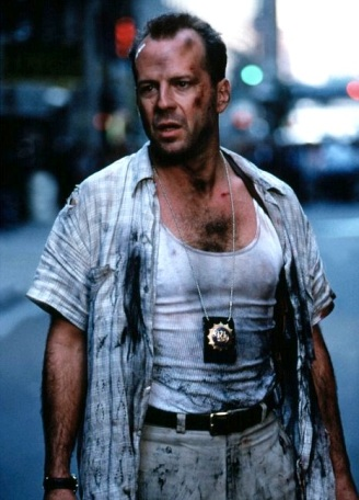 Bruce Willis as NYPD Lt. John McClane in Die Hard with a Vengeance (1995).
