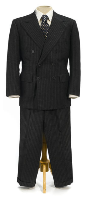 """Lonnegan's suit, as auctioned by Bonhams. Note the plain white shirt rather than the """"dotted"""" version worn by Shaw in the film."""