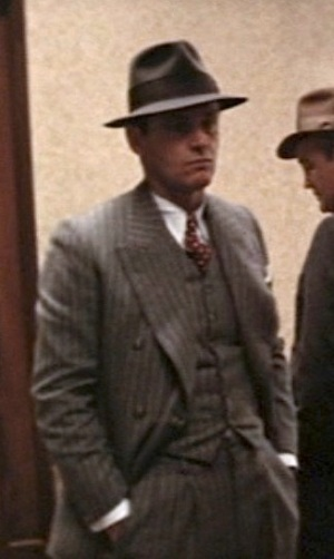 Jack Nicholson as J.J. Gittes in Chinatown (1974).