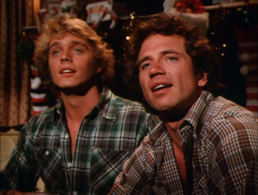 "Bo and Luke dress up for Christmas by wearing shirts they don't wear everyday. (from ""The Great Santa Clause Chase"", Episode 3.09)"