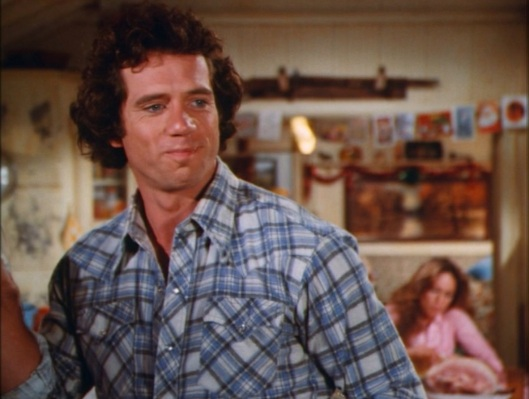 "Luke sports his ""third season plaid"" in ""The Great Santa Clause Chase"" (Episode 3.09)."