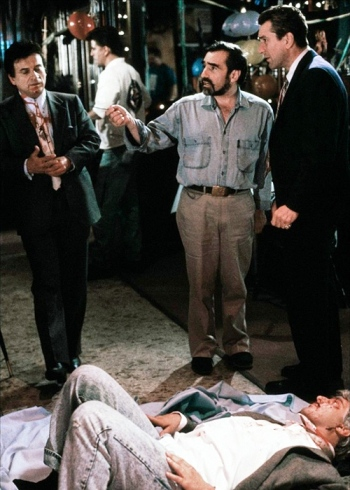 Scorsese directs Joe Pesci, Robert De Niro, and Frank Vincent. Interesting to note that Vincent is wearing jeans with his suit coat, shirt, and tie.