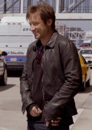 "David Duchovny as Hank Moody outside LAX on Californication (Episode 5.01, ""JFK to LAX"", 2012)."