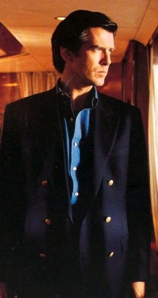 Pierce Brosnan as James Bond in GoldenEye (1995).