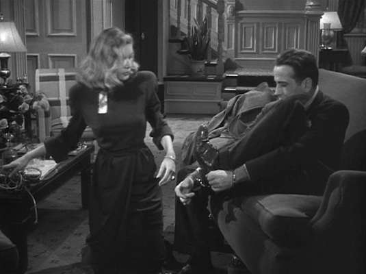 Bogie gives Bacall the boot... or, rather, the balmoral.