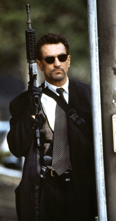 Robert De Niro as Neil McCauley in Heat (1995).
