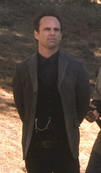 "Walton Goggins as Boyd Crowder on Justified. (Episode 4.05: ""Kin"")"