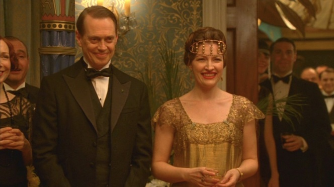 Nucky and Margaret host a King Tut-themed New Year's shindig.