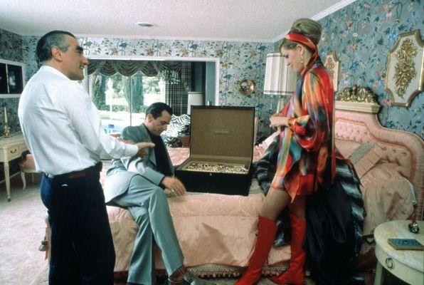 Scorsese directs De Niro and Stone on set.