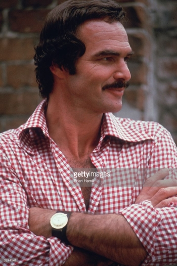 A Getty Images photo credited to Brian Hamill of Burt Reynolds on the set of Gator in 1975.