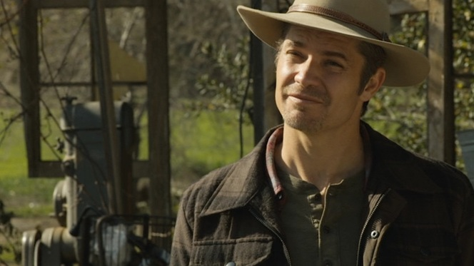 Raylan's smugness rubs Dickie Bennett the wrong way...