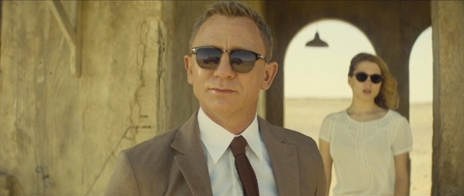 Bond spies a '48 Rolls through his Tom Ford shades.