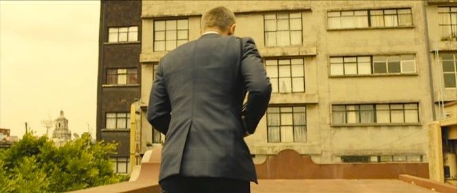 Bond's dapper approach to assassination.