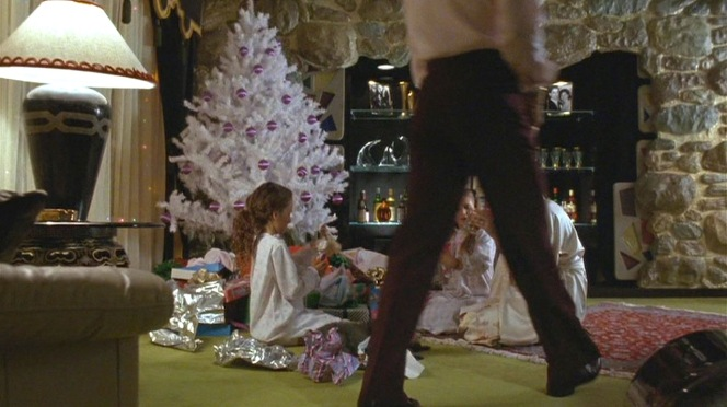 The Hills enjoy a quiet Christmas at home.
