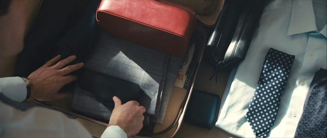 In a nice touch of consistency, some of Solo's other clothes that he wore in the film can be seen when he is packing his suitcase in Rome.