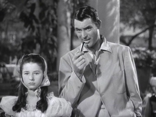 Second hand smoke wasn't a major concern in 1940, so Dex had no qualms smoking his pipe around Tracy's little sister Dinah (Virginia Weidler).
