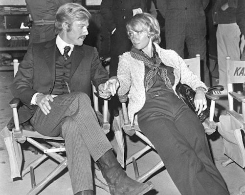 Redford on set in Mexico with his first wife, Lola Van Wagenen.