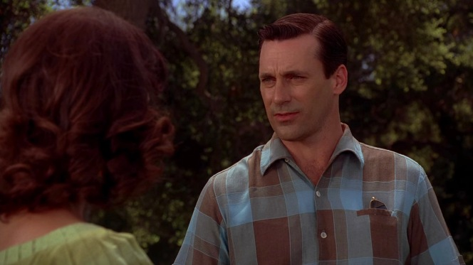 Don tries to convince Suzanne that he wasn't suggesting an affair with her. Of course, they are only two episodes away from engaging in a consensual affair anyway...