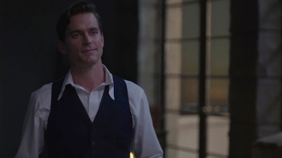 "Dressed down to his shirt, waistcoat, and trousers at the beach, revealing the size and shape of his shirt's distinctive point collar in ""More Stars Than There Are In Heaven"" (Episode 1.03)."