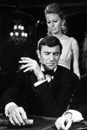 The debonair George Lazenby on set.