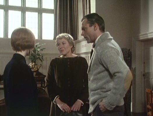 Eleanor introduces Reilly to his guest, Madame Chinova.