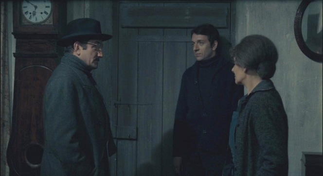 Gerbier consults with Jardie and fellow Resistance operatives before he is transported by submarine to London to meet with their chief.