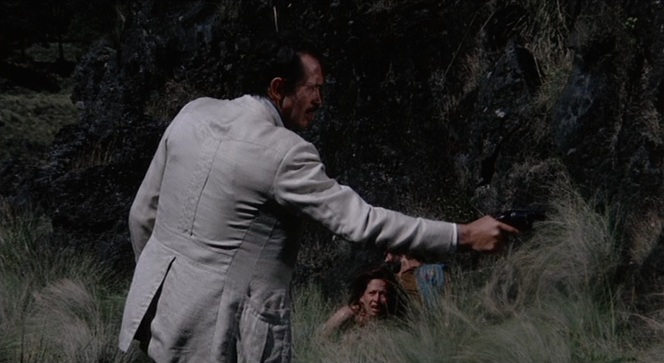 One of many violent scenes characteristic of Bring Me the Head of Alfredo Garcia as well as Peckinpah's entire oeuvre.