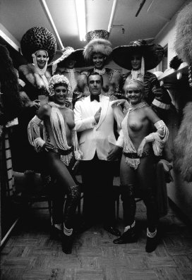 Even the unflappable Mr. Bond can't keep a straight face in the presence of some of Las Vegas' most distinguished entertainers. Photo by Terry O'Neill, 1971.
