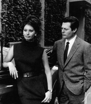 Marcello Mastroianni with Sophia Loren and a 1963 Rolls-Royce in Yesterday, Today and Tomorrow (Ieri, oggi, domani) (1963)