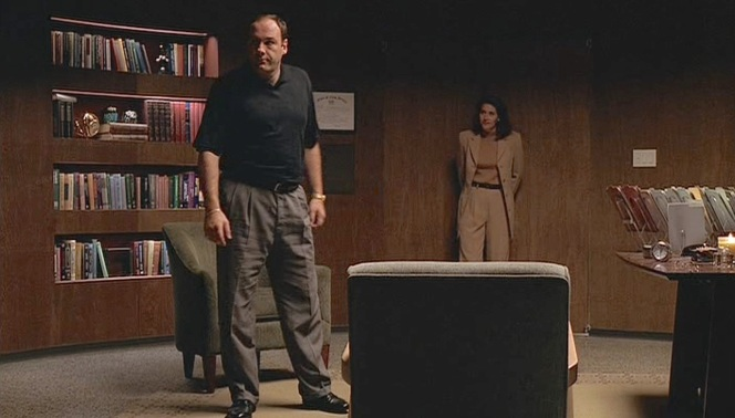 Tony sizes up Dr. Melfi's office as he arrives at his first appointment.
