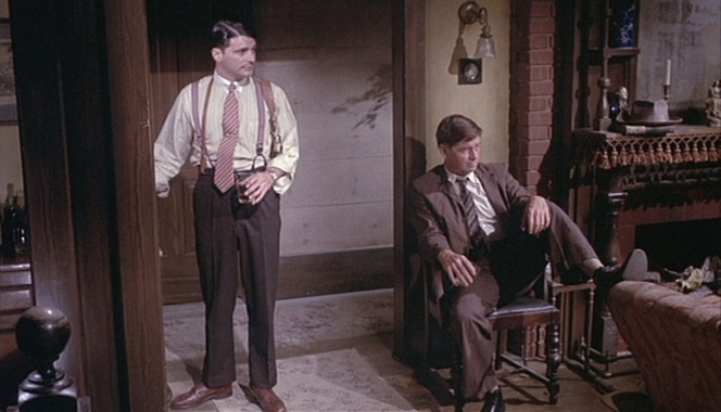 Eddie with his pal Mace (Ralph Waite), the most sympathetic of the criminals in The Grissom Gang.