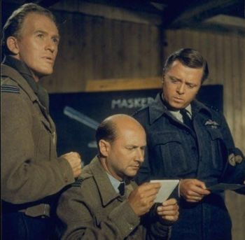 Gordon Jackson, Donald Pleasance, and Richard Attenborough in The Great Escape (1963)