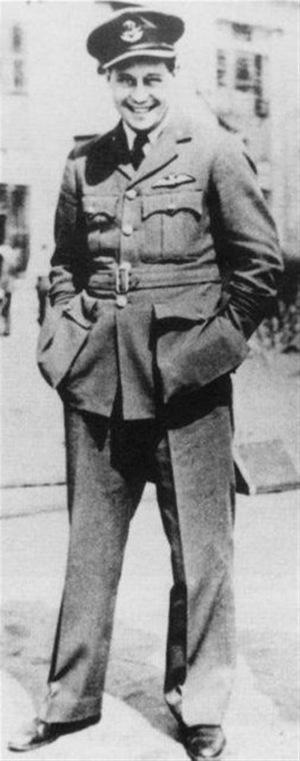 Roger Bushell (1910-1944), Squadron Leader, RAF