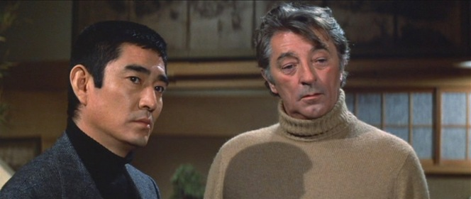 Kings of the rollneck: Ken Tanaka and Robert Mitchum in The Yakuza.