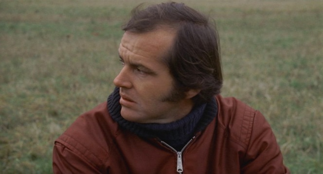 Note the shoulder pleats that allow greater arm movement, which would be a particular asset when wearing this jacket over a heavy sweater as Bobby does.