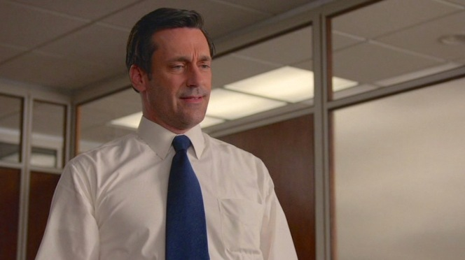 "Back to basics with a white shirt and navy tie in ""The Forecast"" (Episode 7.10)."