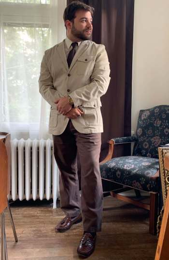 Forgive this humble blogger's wrinkles as I hope to channel Sir Roger's 007 in this unstructured Nautica sports coat, brown tie and trousers, stainless dive watch, and exotic leather loafers.