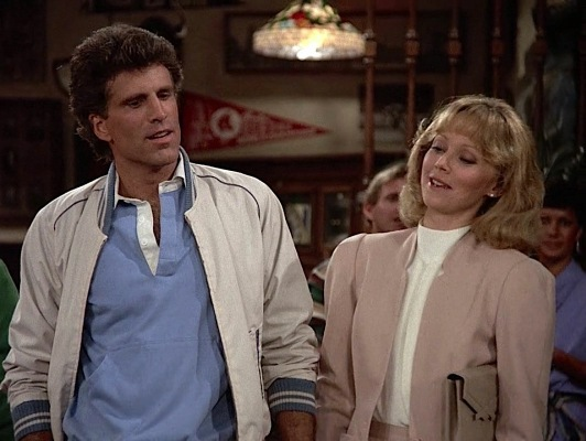 """Diane and I decided we're gonna start messin' around,"" Sam clarifies for the patrons at Cheers."