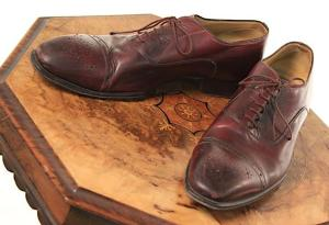 Nucky's Italian-made oxfords were also included in the auction. (Source: ScreenBid)