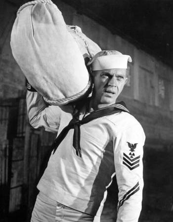 Steve McQueen as Jake Holman, Machinist's Mate, 1st Class, U.S. Navy, in The Sand Pebbles (1966)