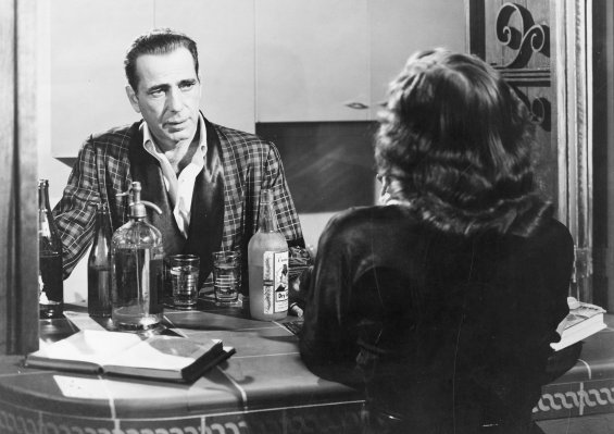 Promotional photo of Humphrey Bogart and Martha Stewart in In a Lonely Place (1950)