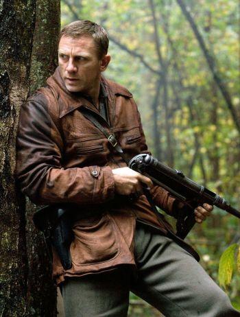 Daniel Craig as Tuvia Bielski in Defiance (2008)