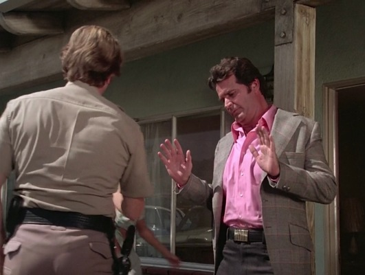 "Jim Rockford doesn't want any trouble in ""Pastoria Prime Pick"" (Episode 2.11)."